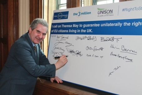 EU citizens pledge RM